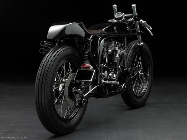 moto-triton-02